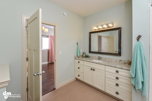 Master Suite Bathroom-5162-FULL