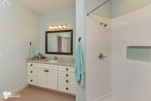 Master Suite Bathroom-5163-FULL
