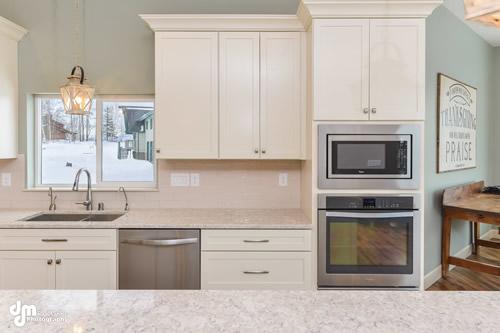Kitchen-5330-FULL
