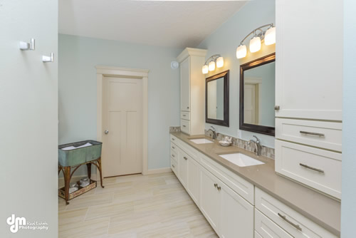 Master Bathroom-5268-FULL