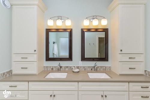 Master Bathroom-5272-FULL
