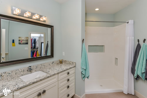 Master Suite Bathroom-5153-FULL